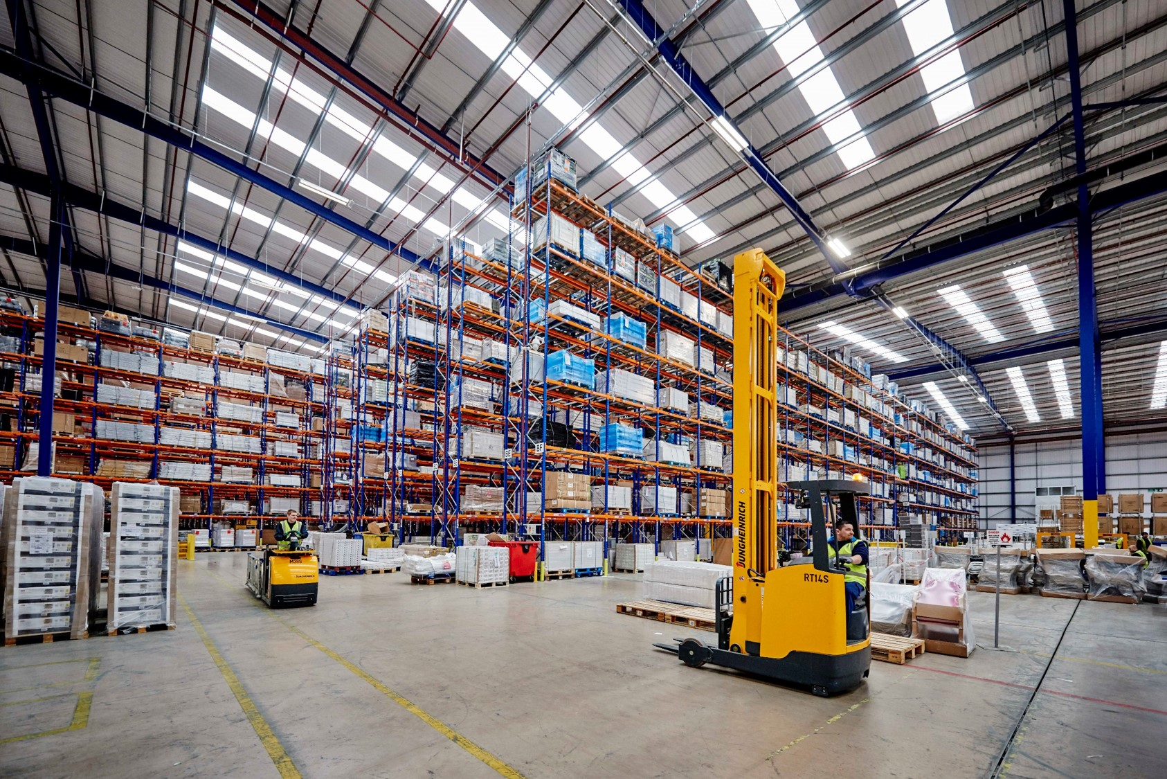 Warehouse Operative We are currently looking for a Warehouse Operative based in Preston, Ribbleton area. You will be working for a well known retail brand. You will be working for a well known retail brand.