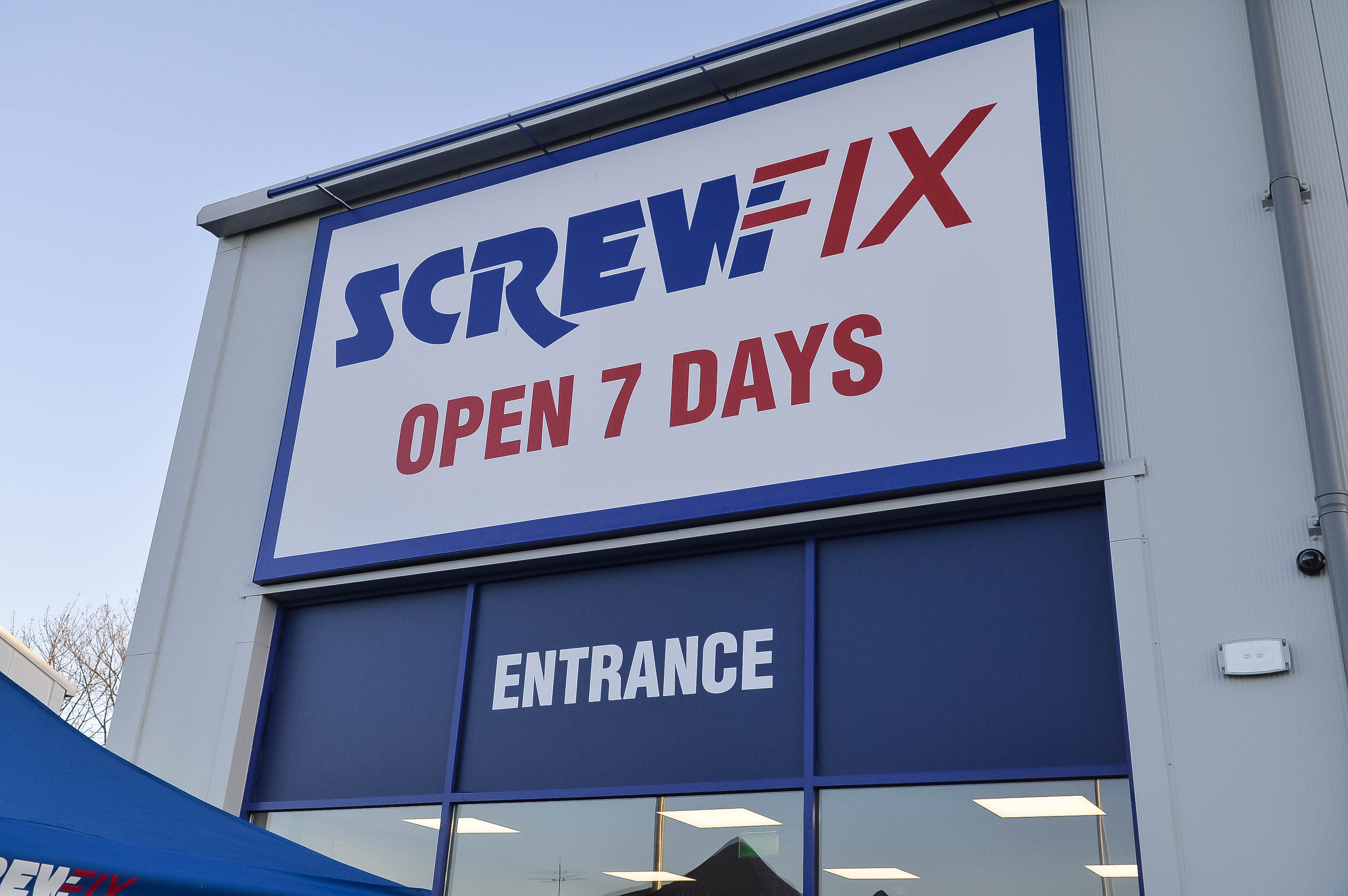 Screwfix is celebrating the successful launch of its most recent store opening Melton Mowbray. The store officially opened its doors on 24th May 2018 ... & Screwfix officially open its doors in Melton Mowbray | Screwfix ...